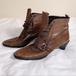 Vintage Brown Ankle Booties Size 7